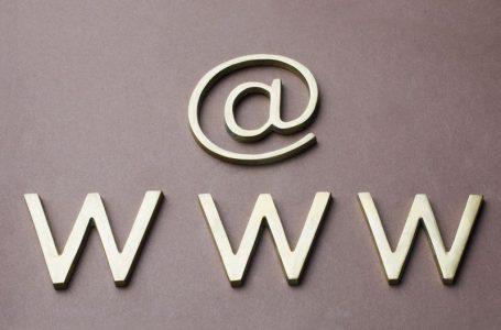 Toujours avec www, pour le choix des url des pages de votre site